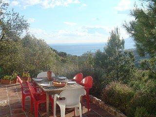 Haus mit Blick auf Meer und Berge Malaga