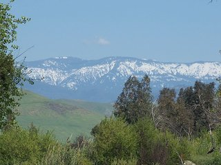 GATEWAY TO SIERRA NEVADA, Porterville