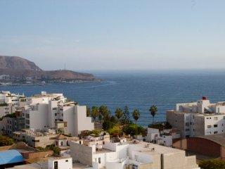 charming oceanview in barranco