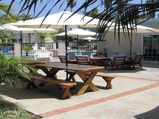 Cozort Beach Properties, Carpintería