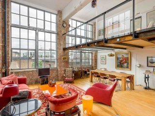 2 bed 2 bath loft in trendy Clerkenwell, Londres