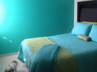Colorful room in tastefully decorated Casa in quiet Las Brisas neighborhood.