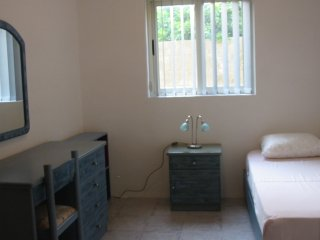 ATTARD: SPARE ROOM WITH SINGLE BED + 1