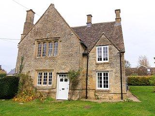 CC039 House in Burford, Shipton under Wychwood