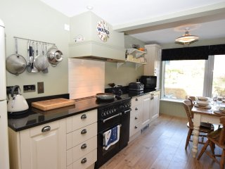 49890 Cottage in Lymington, Milford on Sea