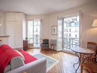 Saint Anne Studio apartment in 01er - Louvre Les …