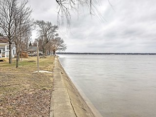 NEW! Quaint 3BR Cottage on Houghton Lake!