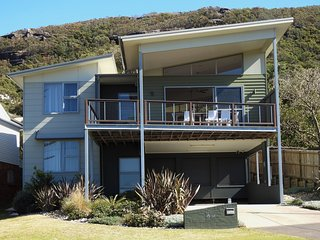 Killcare Beach Abode Opposite Killcare Beach