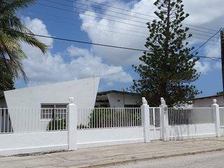 Aruba Tranquility Haven modern large apartment