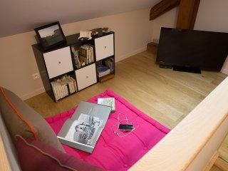 Détendez-vous... Wifi gratuit, tv, lectures et jeux. Plateau de courtoisie.