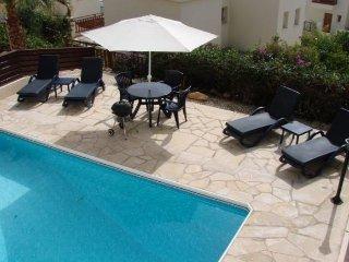 2 Bed Paphos Villas - Coral Bay