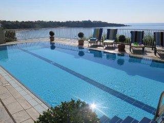 7 Bed Paphos Villa - Coral Bay