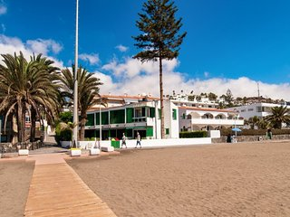 Beachfront Apartment Las Burras MRA