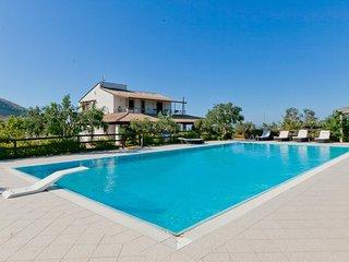 4 bedroom Villa in Case Fiordilino, Sicily, Italy : ref 5251041