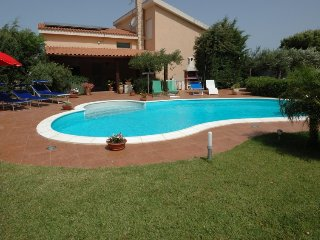 4 bedroom Villa in Chiesanuova, Sicily, Italy : ref 5251068