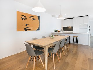 Open Plan Living in the Heart of South Yarra