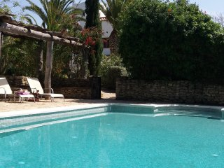 'House of Dreams' with pool on laid-back finca, nr Vejer, beaches & restaurants