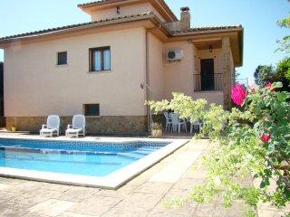 Casa soleada con piscina privada cerca L'Escala