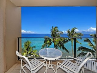 New Listing from $165/night!  Mahana 713 - Direct Oceanfront Studio!, Lahaina