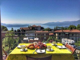 Apartment Cinzia with lake view in Arizzano