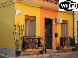 NICE HOUSE WiFi FREE BICI FREE
