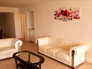Spacious 2br +den with beautiful views
