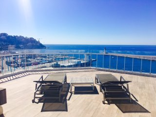 **APRIL SPECIALS **  Sunset Boulevard -SEA VIEW & 180 degrees rooftop terrace