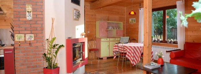 vue panoramique cuisine - salle de séjour