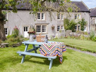 50777 Cottage in Bakewell