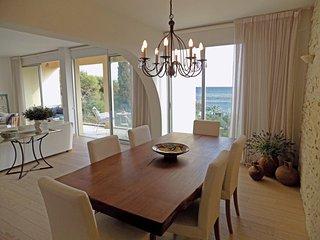 3b Seafront Luxury Apartment - Four Seasons Beach TL163