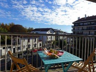 2 bedroom Apartment in Saint-Jean-de-Luz, Nouvelle-Aquitaine, France : ref 52515