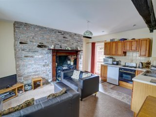 Danycrug: A ground floor apartment in a large farmhouse WAL301(Ground Floor)
