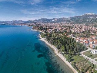 5 bedroom Villa in Trogir-Kastel Luksic, Trogir, Croatia : ref 2380292