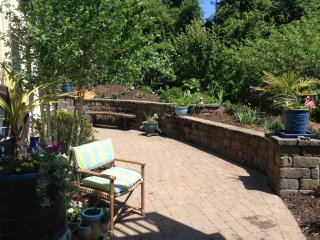 Side stone patio, great for enjoying the morning sun and coffee.