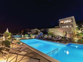 8 bedroom Villa in Pag, Island Of Pag, Croatia : ref 2380667
