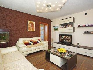 5 bedroom Villa in Makarska-Vinjani Donji, Makarska, Croatia : ref 2380784