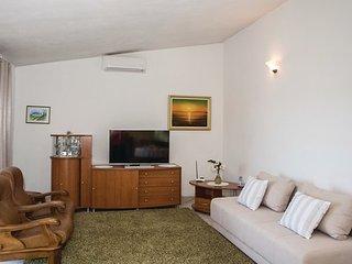 3 bedroom Villa in Trogir-Kastel Sucurac, Trogir, Croatia : ref 2380889