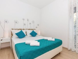 4 bedroom Villa in Crikvenica-Selce, Crikvenica, Croatia : ref 2381516