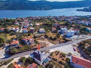 4 bedroom Villa in Trogir-Poljica, Trogir, Croatia : ref 2381854