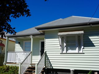 Keeler Cottage - Beautiful Home in Fantastic Location, Toowoomba