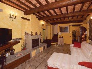 3 bedroom Villa in Castiglione di Garfagnana, Lucca And Surroundings, Italy