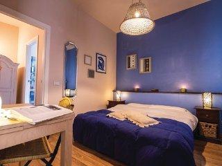 6 bedroom Villa in Torricella, Lake Trasimeno, Italy : ref 2382621
