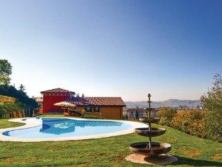6 bedroom Villa in Valpolicella, Lake Garda, Italy : ref 2382668