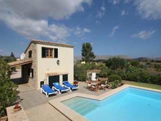 1 bedroom Villa in Puerto Pollenca, Mallorca : ref 3308