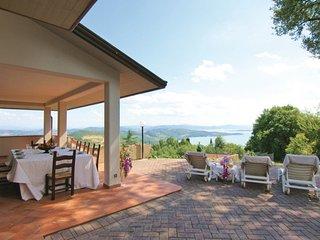 4 bedroom Villa in Passignano sul Trasimeno, Umbria, Italy : ref 5312194