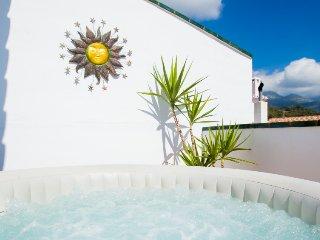 5 bedroom Villa in Nerja, Costa del Sol, Spain : ref 2396326
