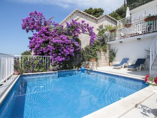 4 bedroom Villa in Dubrovnik, South Dalmatia, Croatia : ref 2396252