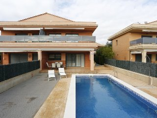 3 bedroom Villa in L'Ampolla, Catalonia, Spain : ref 5311032