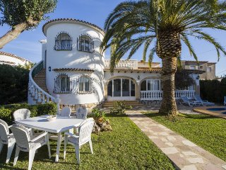 4 bedroom Villa in Denia, Costa Blanca, Spain : ref 2395998