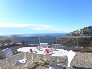 3 bedroom Apartment in Èze, Provence-Alpes-Côte d'Azur, France : ref 5699586